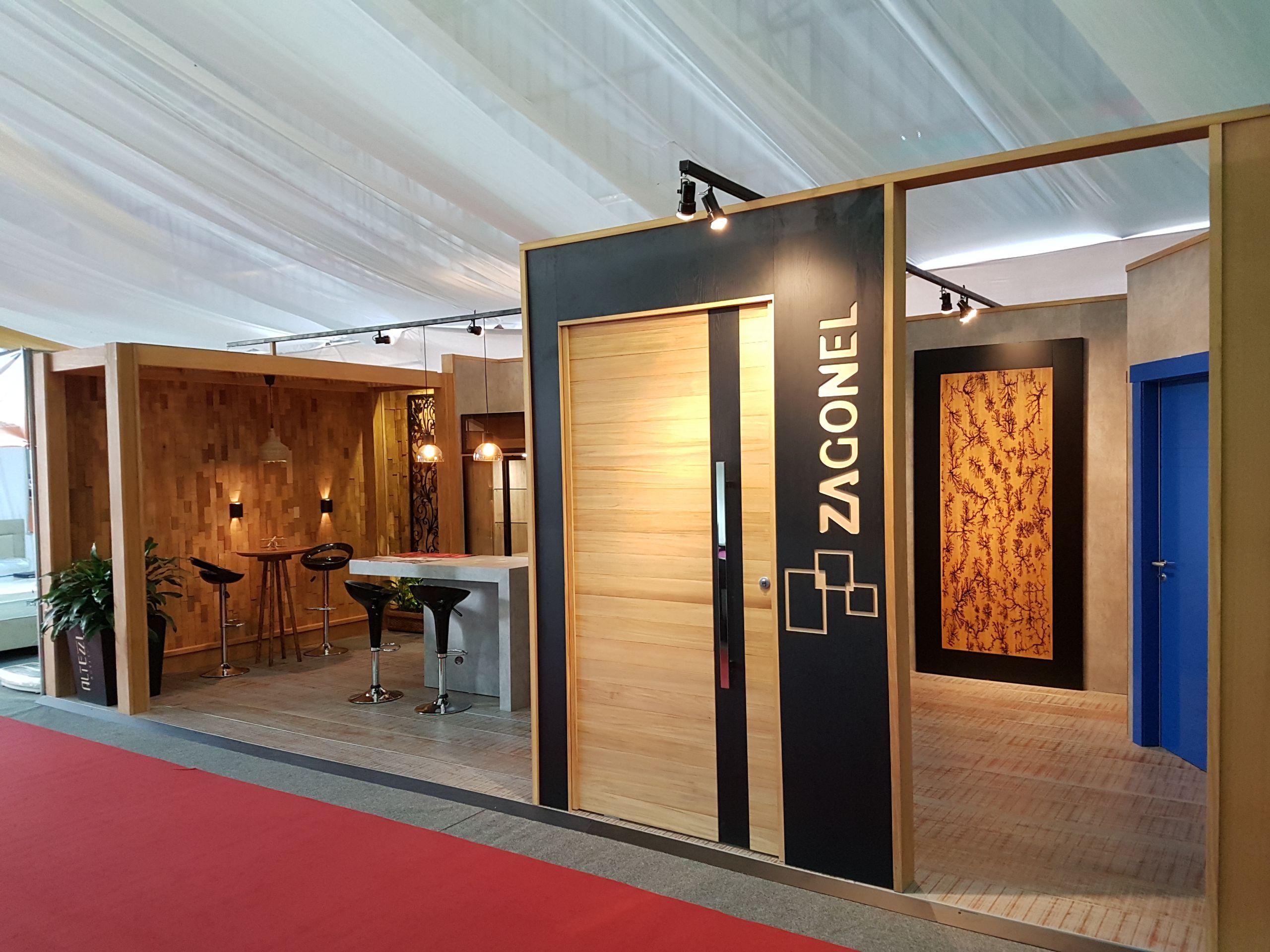 As maiores vantagens em optar por esquadrias de madeira para sua casa
