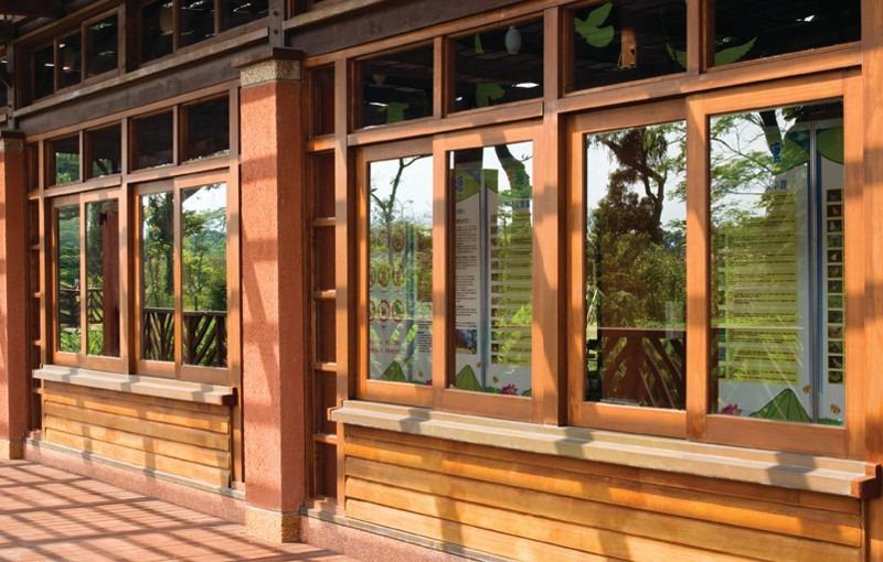 A elegância das esquadrias de madeira para qualquer tipo de projeto